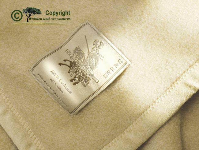 wolldecken g nstig aktionen kaufen sie online bei wohnen accessoires gmbh co kg. Black Bedroom Furniture Sets. Home Design Ideas