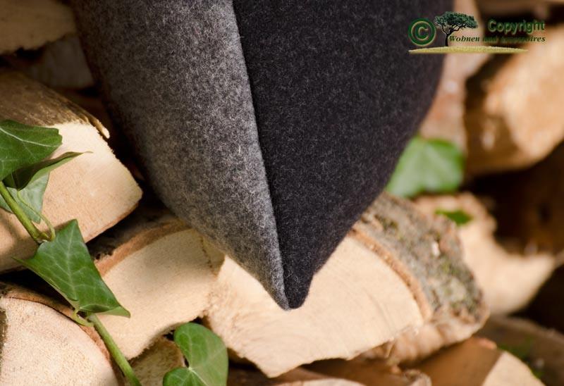 Doubleface Wollkissen Königssee in 45x45cm aus 100% Merinowolle grau-schwarz