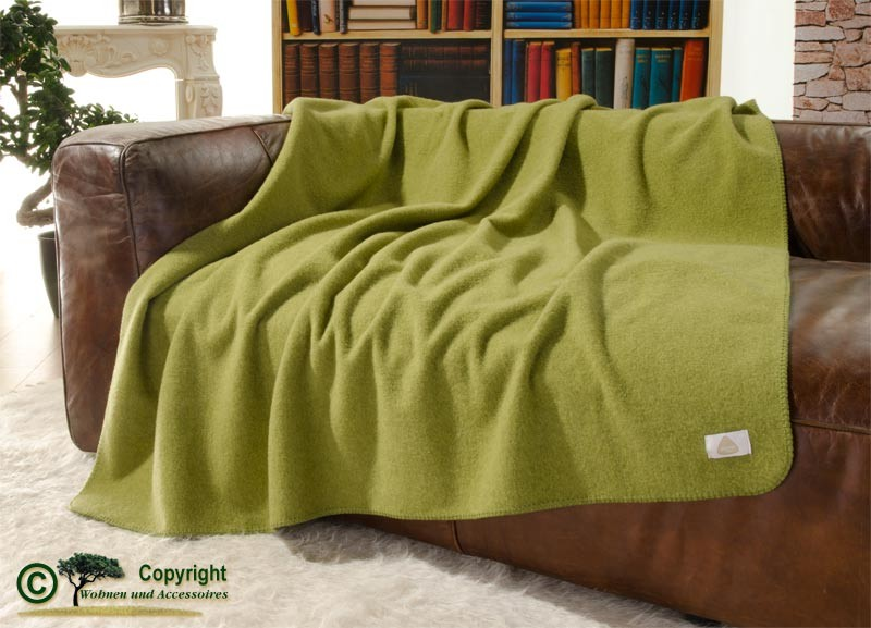 steiner wolldecke sophia 100 merino 145x190cm in farn hellgr n wolldecken merinowolle. Black Bedroom Furniture Sets. Home Design Ideas