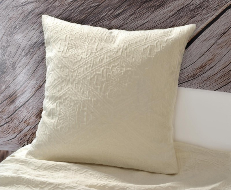 Kissen Faro - Blumenreliefs - beige 45x45cm