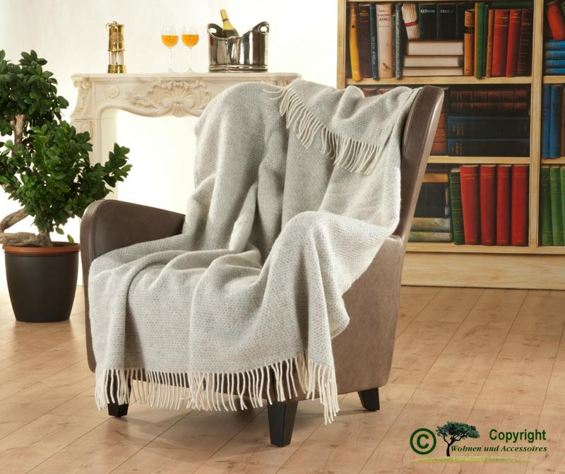 Wollplaid mit Fransen, englische Wolldecke mit eingewobenem Karomuster aus 100% Neuseeland Wolle