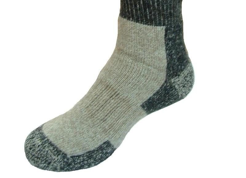 Hochwertige, dicke Trekking Socken aus Possum- und Lammwollfasern für höchste Ansprüche in Größe L