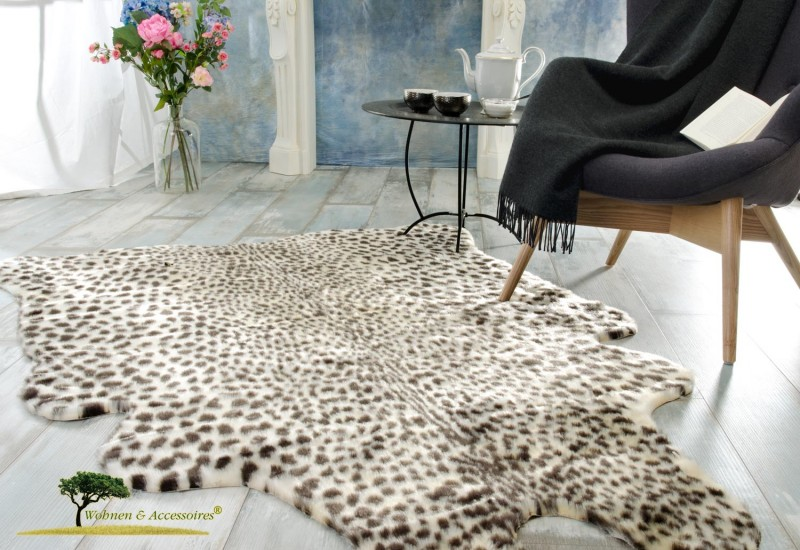 Eleganter Fellteppich, Webpelzteppich, Teppich Leopard aus Kunstfell