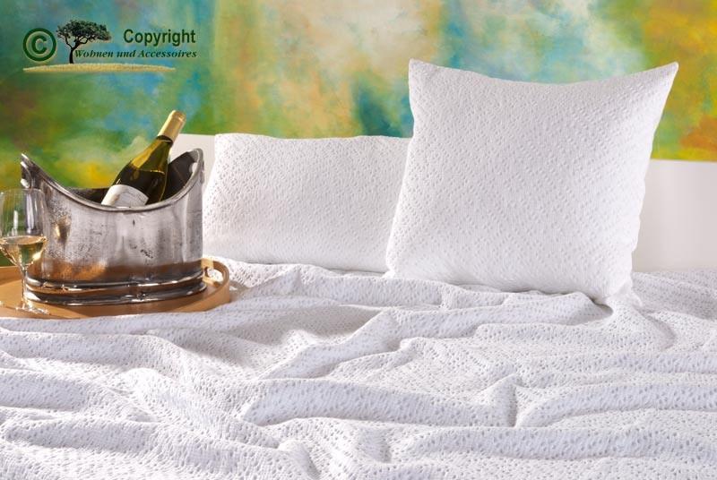 Kissen 45x45cm Adele mit Ajour Muster in weiß