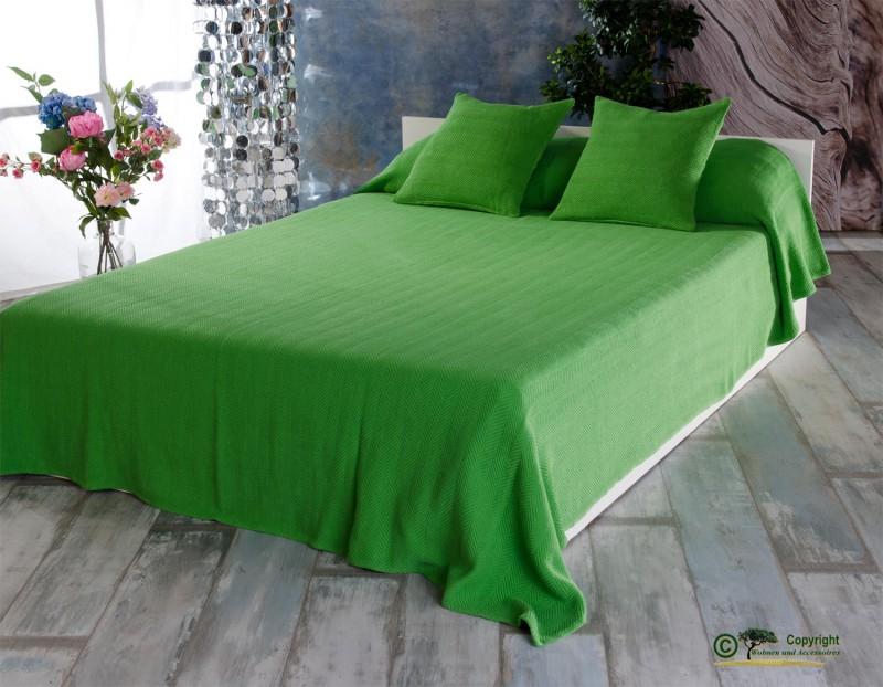 tagesdecke boris hochwertiger franz sischer berwurf mit zick zack muster gr n 260x260cm. Black Bedroom Furniture Sets. Home Design Ideas
