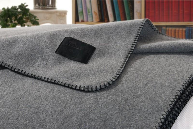 AKTION Kaschmirdecke Amalfi umkettelt, aus 100% Kaschmir in grau 150x200 und 150x220cm