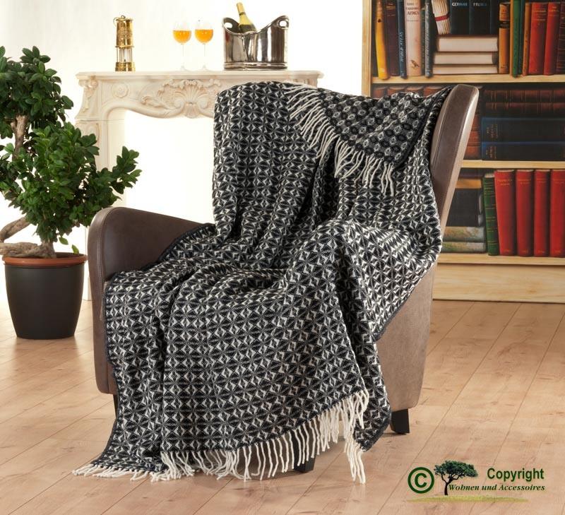 150x200cm großes und gemustertes Fransenplaid, eine hübsche, englische Wolldecke aus 100% Neuseeland