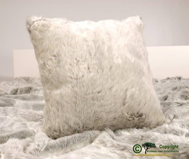 Fellkissen (Webpelzkissen) Silberfuchs in 45x45cm