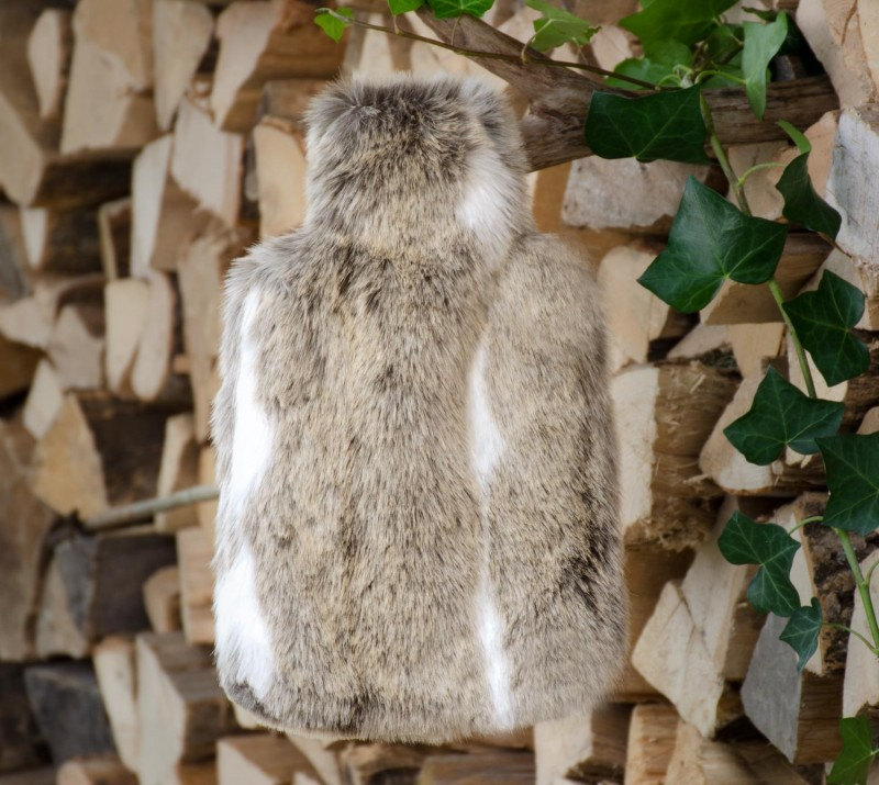 Wärmflaschenhülle aus Fell (Webpelz) Gazelle mit Naturgummi Wärmflasche