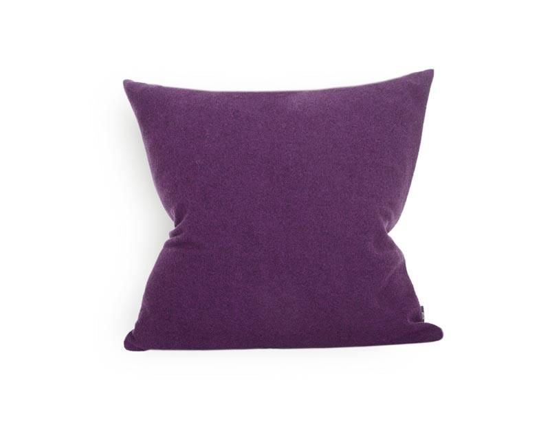 Kissen von Steiner Alina mit Füllung Viola/violett