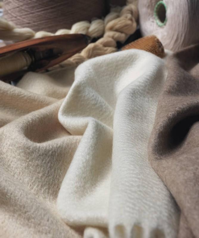 Luxuriöse Kaschmirdecke, Wollplaid aus 100% Kaschmir Windsor von Eagle, Plaid mit Wasserglanz