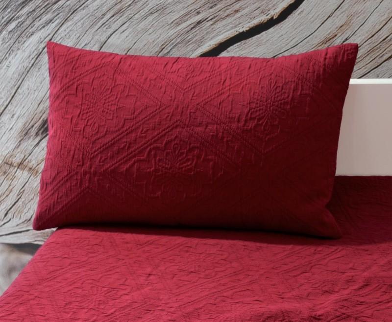 Kissen Faro - Blumenreliefs - rot 30x50cm