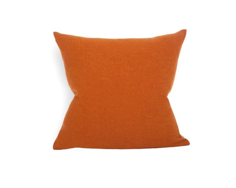 Steiner Kissen Sophia 55x55cm aus 100% Merino zimt - orange
