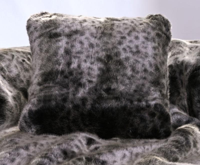 Premium Fellkissen Wildkatze grau 45x45cm