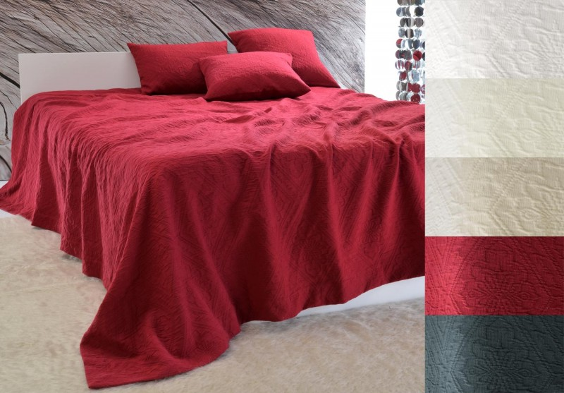 Tagesdecke Faro - Blumenreliefs - bordeaux rot 180x260 - 260x300cm