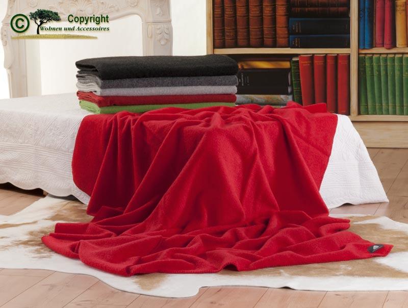 steiner wolldecke irg wolldecke aus 70 sterreichischer bergschafwolle und 30 merinowolle. Black Bedroom Furniture Sets. Home Design Ideas