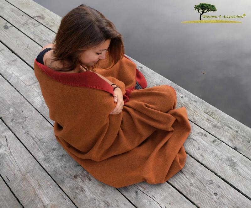 Feine Doubleface Wolldecke Königssee aus 100% Merinowolle rot/orange 150x220cm