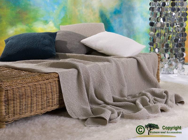 Hübsche französische Tagesdecke Maia mit toller Struktur natur - beige 180x260
