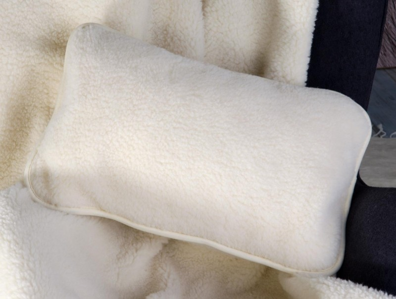 Wollkissen Luka aus 100% Merinowolle in 35x55cm