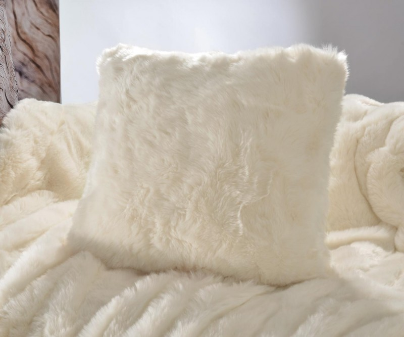 Fellkissen (Webpelzkissen) Kaninchen creme-weiß in 45x45cm - Premium superfein