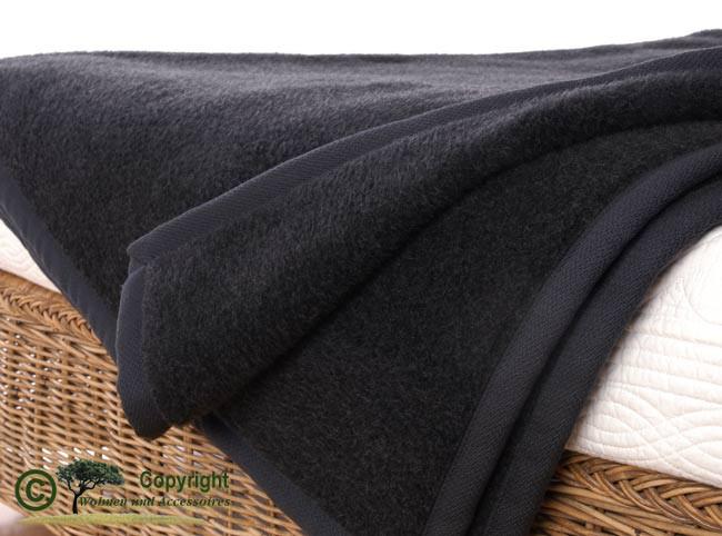 AKTION Kaschmirdecke 50% Kaschmir und 50% Merinolammwolle Farbe anthrazit / dunkelgrau