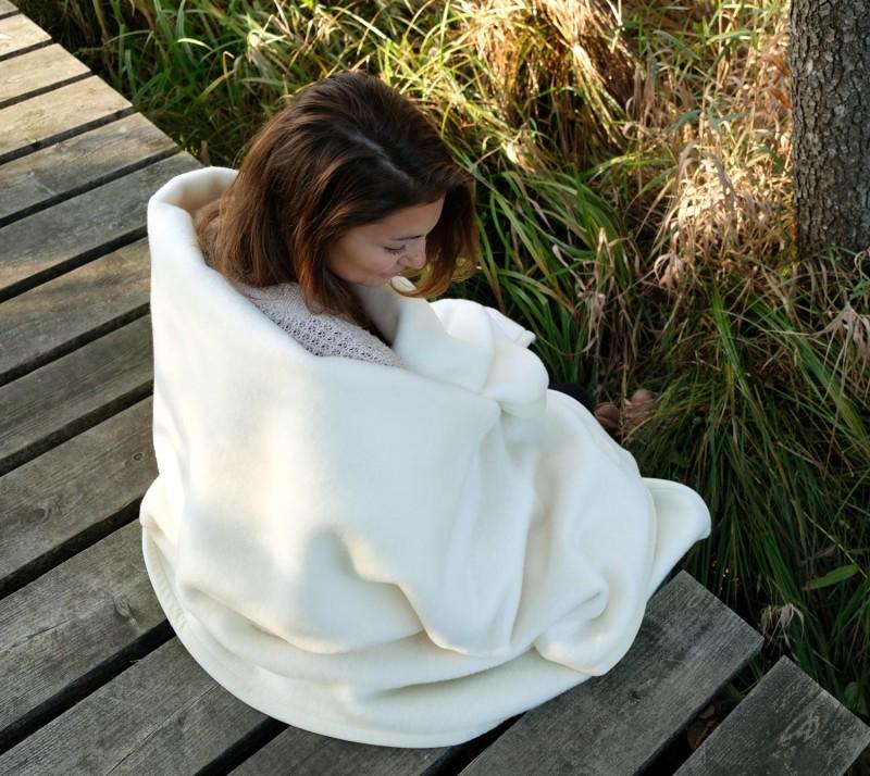 Waschbare Wolldecke von Ritter Lanawash aus Schurwolle in weiß